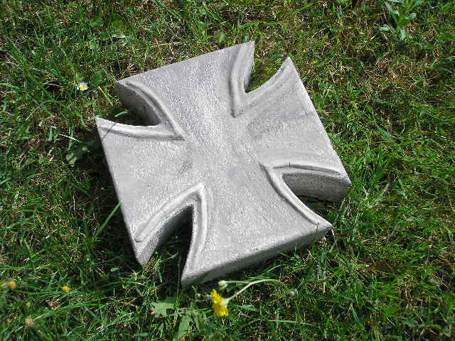 eiserne kreuz der orden als gehwegplatte trittstein ebay. Black Bedroom Furniture Sets. Home Design Ideas